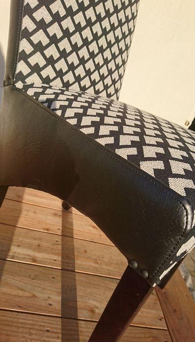 Chaise-Logo-Brodé-3
